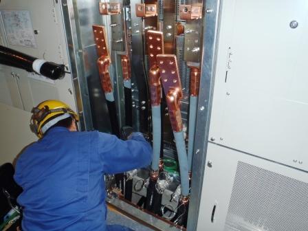 電力ケーブル端末作業